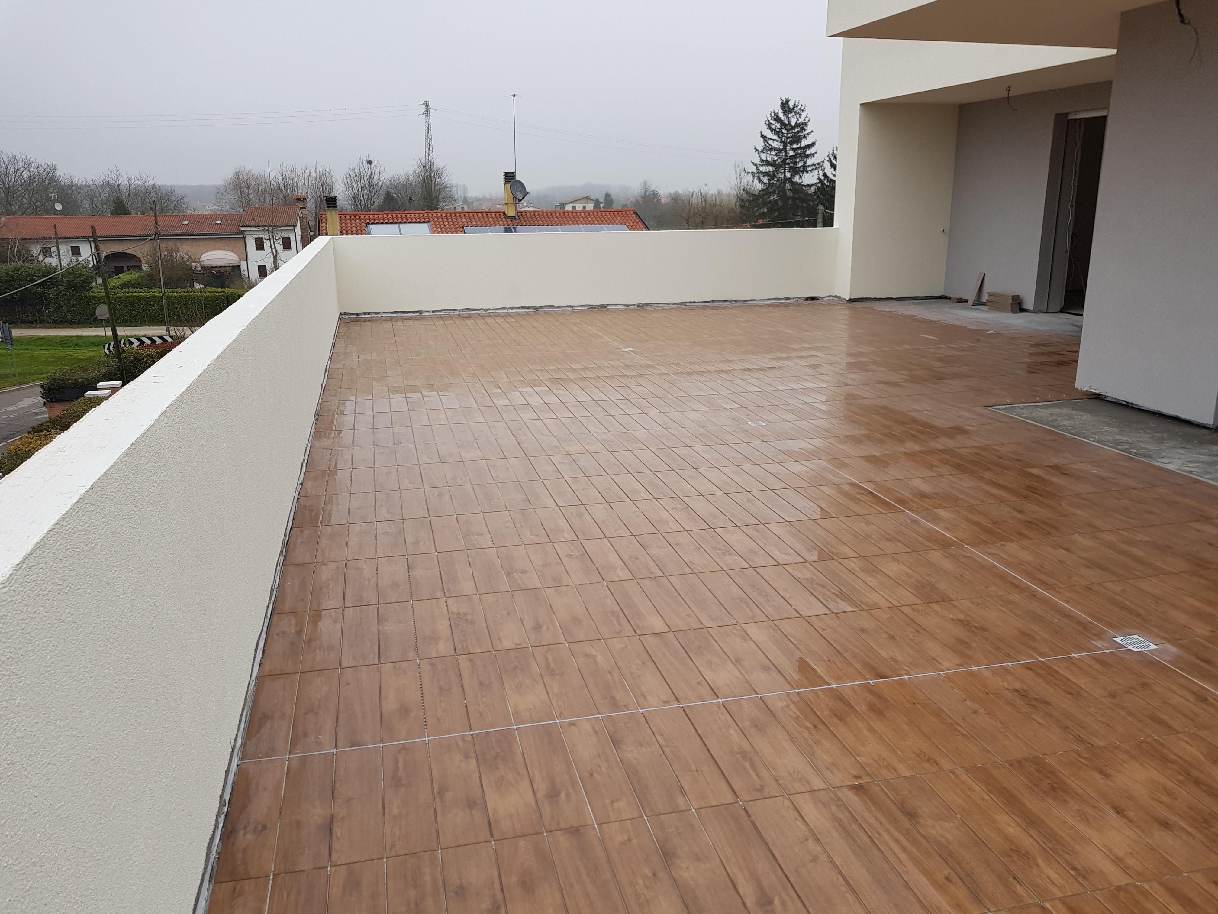Posa pavimenti terrazze - Residenze 7.7